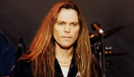 'In a time when it's all so confusing / We can win and it feels like losing': but I doubt whether Timothy Schmit ever feels likelosing